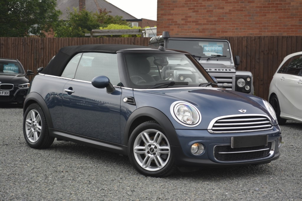 used MINI Convertible COOPER D in leicestershire