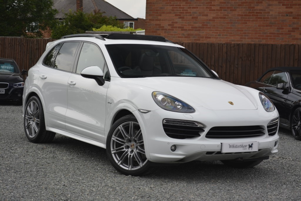 used Porsche Cayenne D V8 S TIPTRONIC S in leicestershire