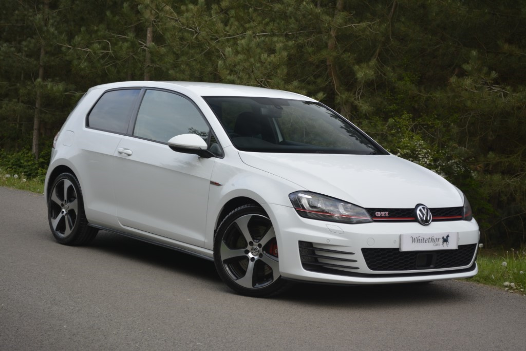used VW Golf GTI PERFORMANCE DSG in leicestershire