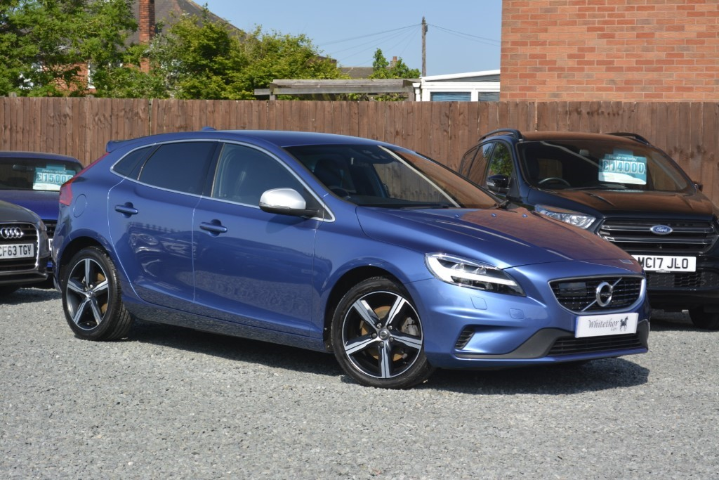 used Volvo V40 T3 R-DESIGN in leicestershire