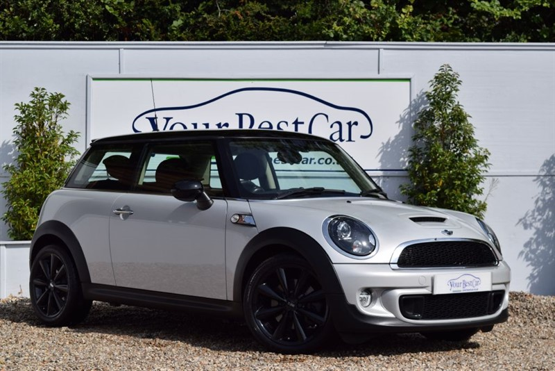 used MINI Hatch COOPER S CHILI PACK with MEDIA PACKAGE in cranbrook-common-kent