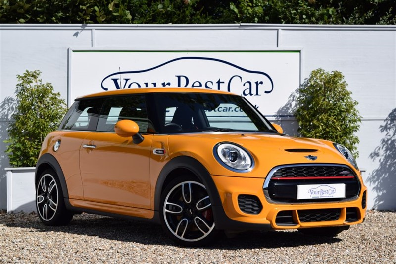 used MINI Hatch JOHN COOPER WORKS with Media & Chili Packs in cranbrook-common-kent