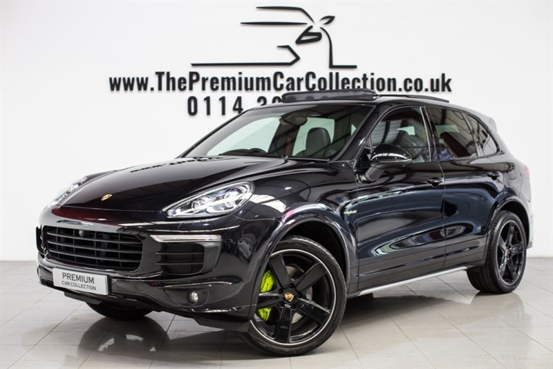 used Porsche Cayenne S E-HYBRID PLATINUM EDITION TIPTRONIC S PAN ROOF SAT NAV CHRONO PACKS CARBONFIBRE