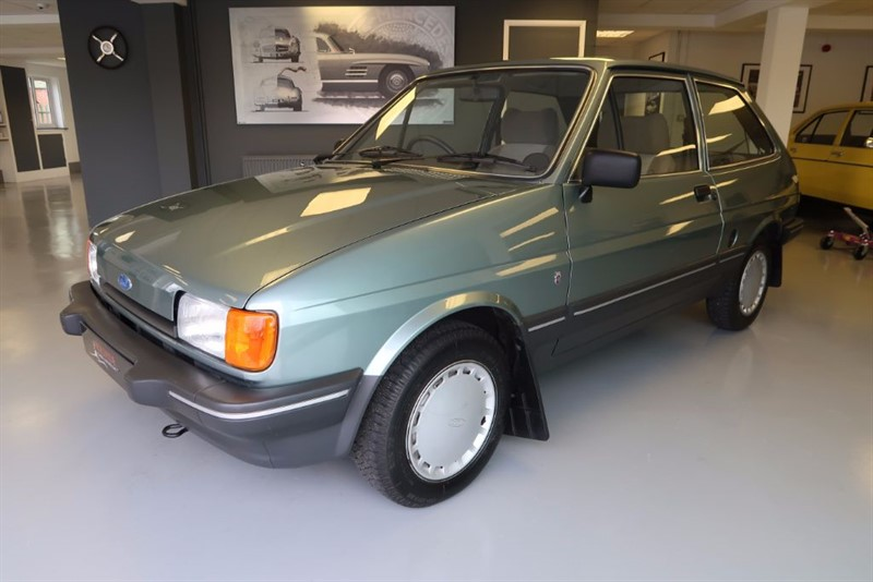 used Ford Fiesta Mk 2 Ghia 1.3 3dr 6,000 miles only! in louth