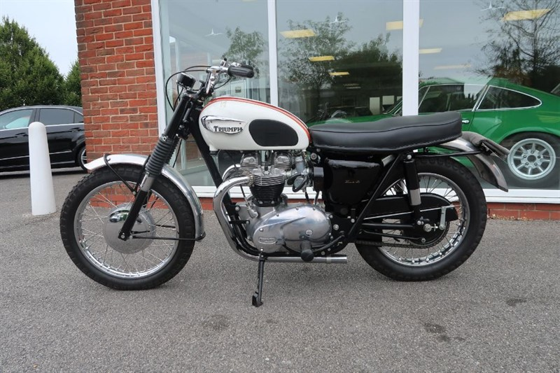 used Triumph Bonneville T120TT Special in louth