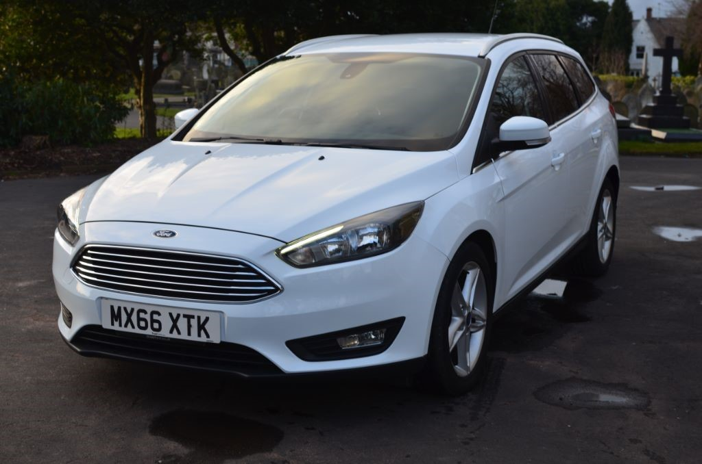 used white ford focus for sale cheshire. Black Bedroom Furniture Sets. Home Design Ideas