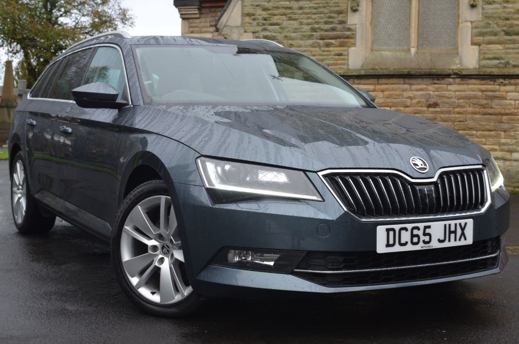 Used Quartz Grey Met Skoda Superb For Sale Cheshire