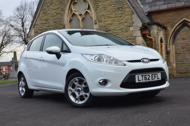used Ford Fiesta ZETEC in warrington