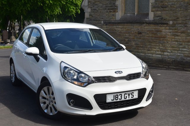 used Kia Rio 2 in warrington