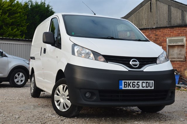 used Nissan NV200 DCI ACENTA in warrington