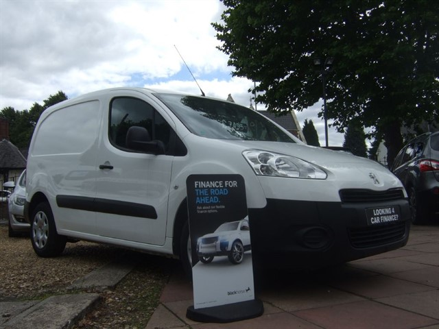 used Peugeot Partner HDI PROFESSIONAL 625 in warrington