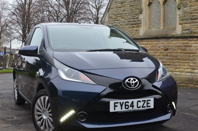 used Toyota Aygo VVT-I X-PLAY in warrington