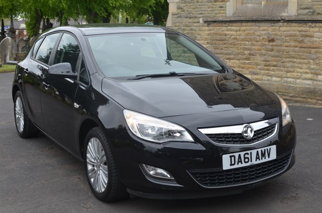 used Vauxhall Astra EXCITE in warrington