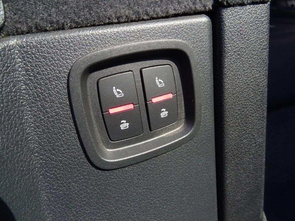 Used Ibis White Audi Q7 For Sale   Essex