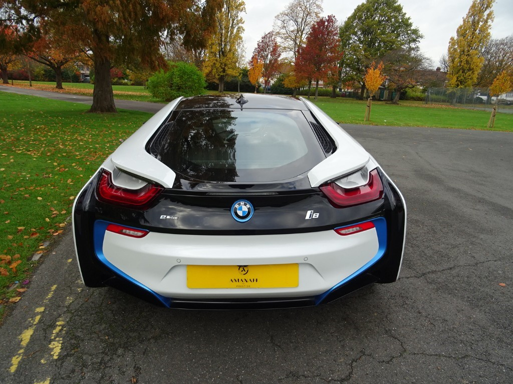 Used Crystal White Bmw I8 For Sale Essex