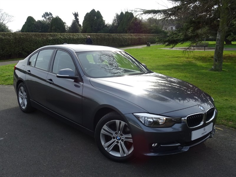 used BMW 318d SPORT in in-essex