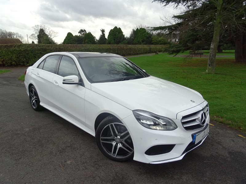 used Mercedes E220 BLUETEC AMG LINE PREMIUM in in-essex