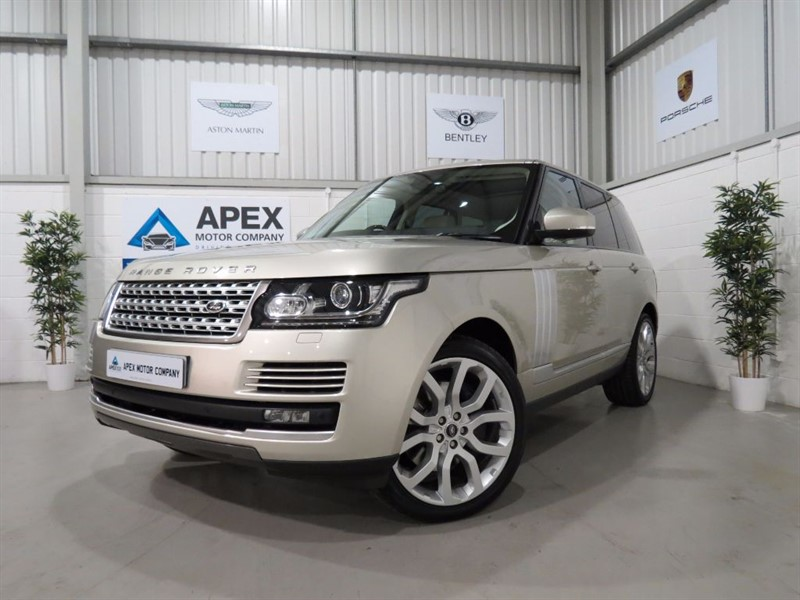 """Car of the week - Land Rover Range Rover SDV8 VOGUE + PAN ROOF + 22"""" ALLOYS + REAR DVD ENTERTAINMENT + - Only £39,995"""