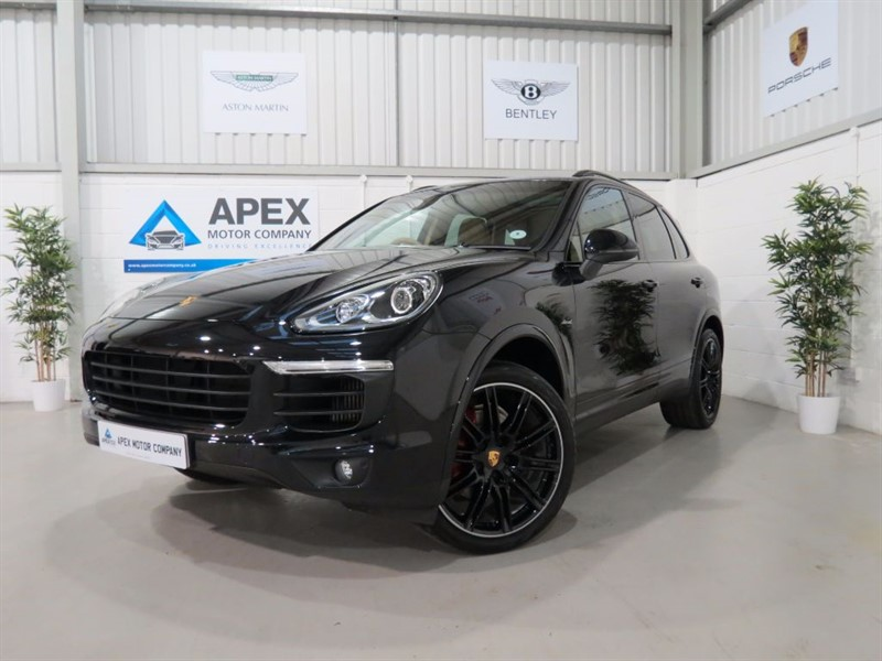 used Porsche Cayenne D V6 TIPTRONIC S + PANORAMIC SUNROOF + TOUCH SCREEN PCM NAVIGATION + PASM + in swindon-wiltshire