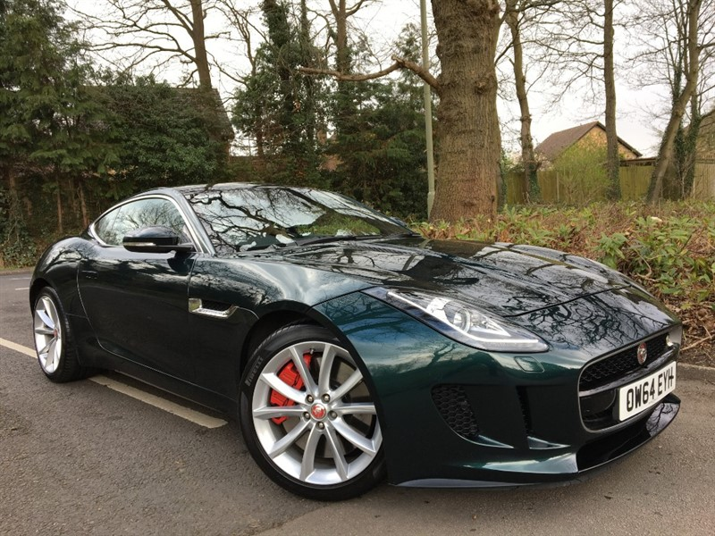 used Jaguar F-Type V6 S+VERY RARE MANUAL CAR+PANORAMIC ROOF+HUGE SPECIFICATION in farnborough-hampshire