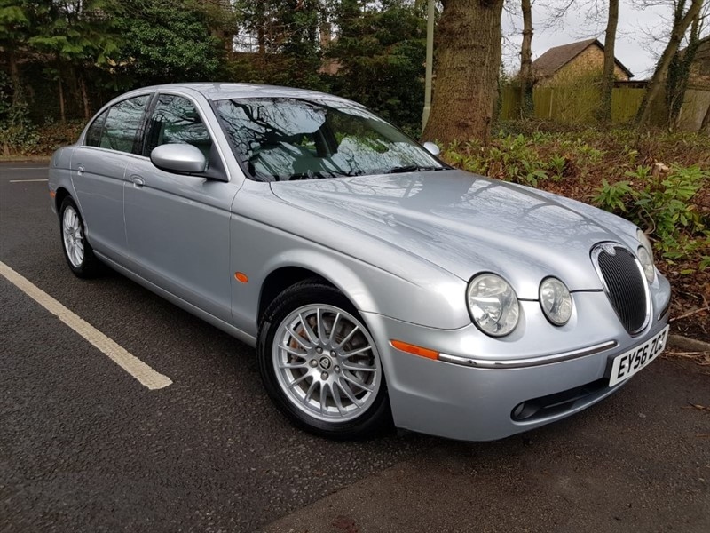used Jaguar S-Type 3.0 V6 SE PETROL+LOW MILEAGE in farnborough-hampshire