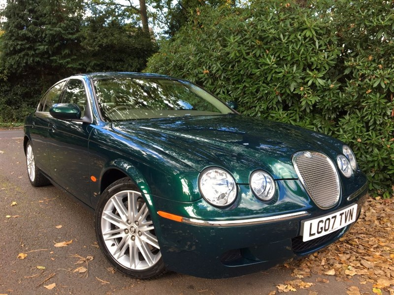 used Jaguar S-Type SE D / 1 PREVIOUS OWNER FROM NEW+9 JAGUAR SERVICES in farnborough-hampshire