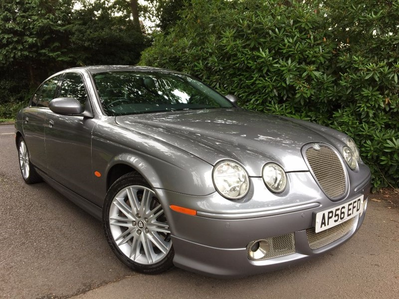 used Jaguar S-Type S V6 / FULL JAGUAR BODY KIT / SAT NAV in farnborough-hampshire