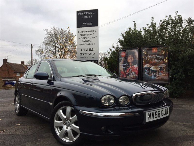 used Jaguar X-Type V6 SE / 4X4 JUST IN TIME FOR WINTER in farnborough-hampshire