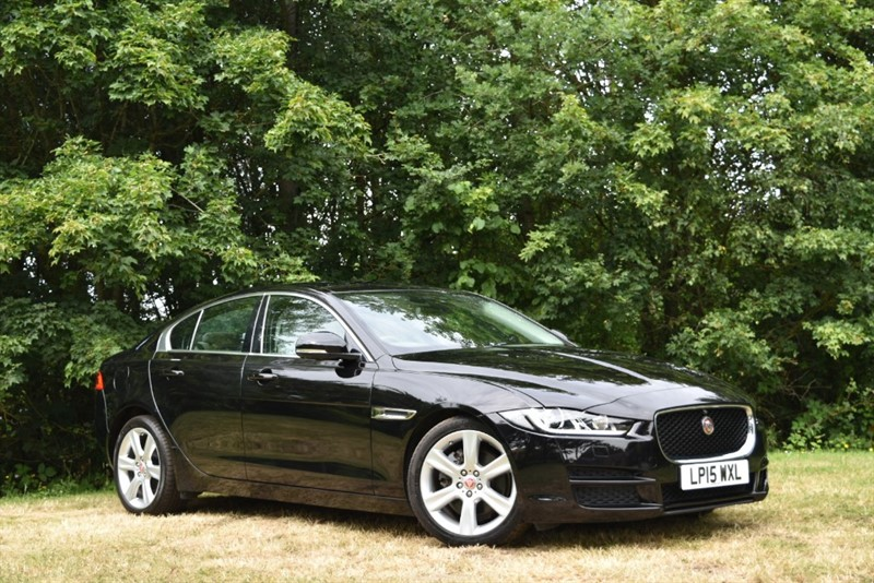used Jaguar XE PORTFOLIO+HUGE HUGE HUGE SPECIFICATION in farnborough-hampshire
