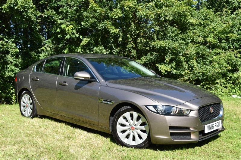 used Jaguar XE PRESTIGE in farnborough-hampshire