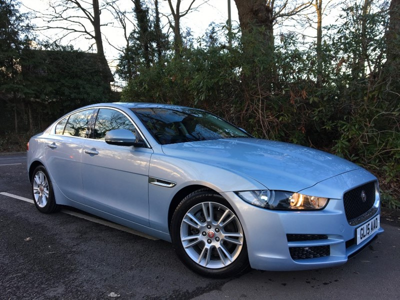 used Jaguar XE PRESTIGE / STUNNING COLOUR COMBINATION in farnborough-hampshire
