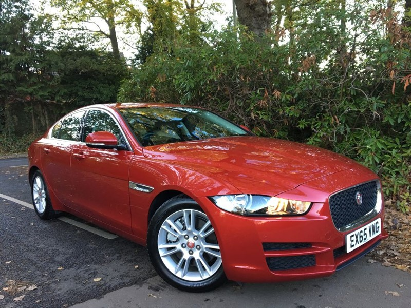 used Jaguar XE GTDI PRESTIGE+EXTREMELY LOW MILEAGE in farnborough-hampshire