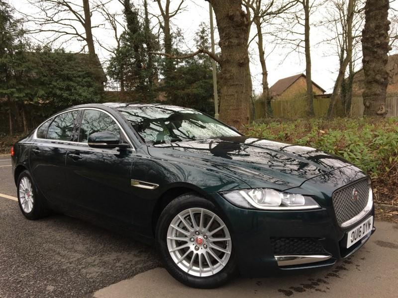 used Jaguar XF PRESTIGE+STUNNING COLOUR COMBINATION+LOW MILEAGE in farnborough-hampshire