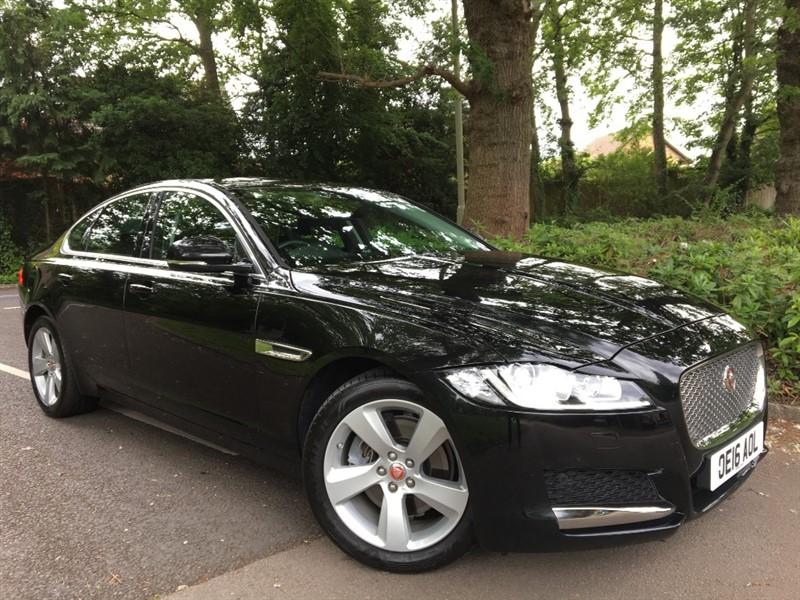 used Jaguar XF D PORTFOLIO+EXCELLENT VALUE FOR MONEY in farnborough-hampshire