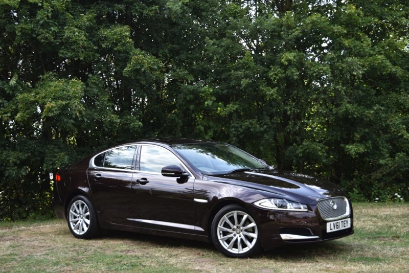 used Jaguar XF V6 PREMIUM LUXURY+REVERSE CAMERA in farnborough-hampshire