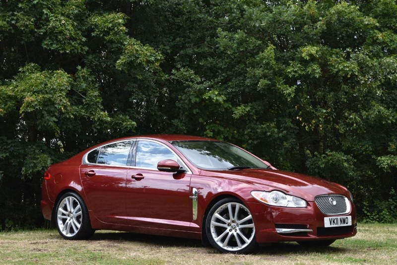 used Jaguar XF V6 PORTFOLIO 240 BHP+BEAUTIFUL COLOUR COMBINATION in farnborough-hampshire