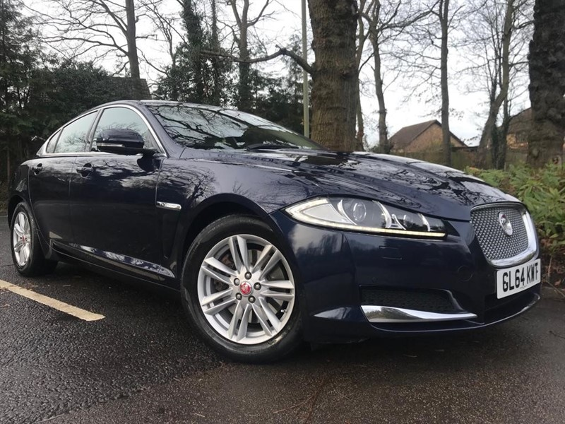 used Jaguar XF D LUXURY+REVERSING CAMERA in farnborough-hampshire