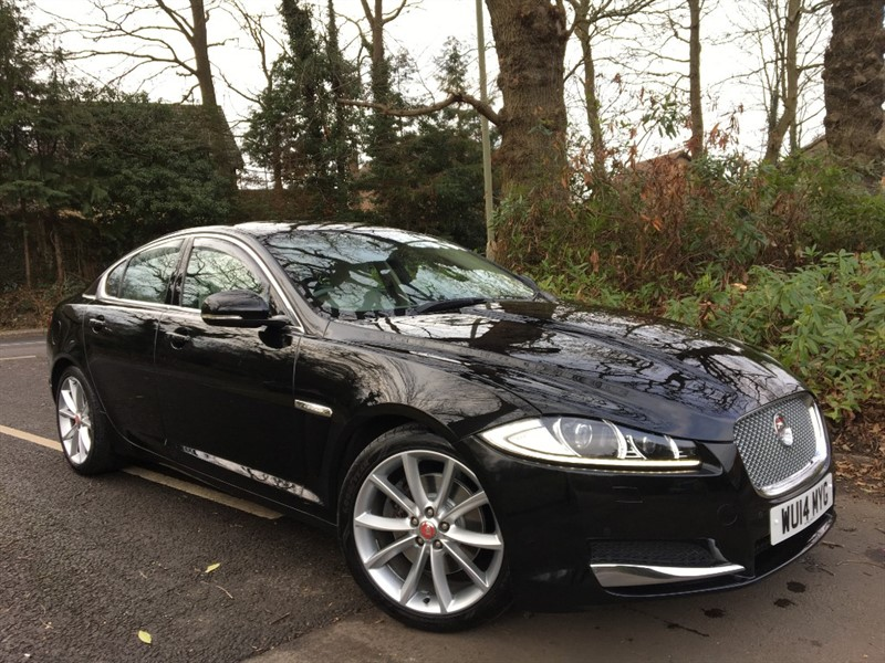 used Jaguar XF D PREMIUM LUXURY / REVERSING CAMERA AND 19