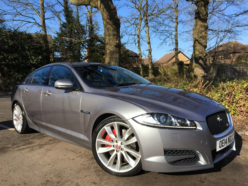 used Jaguar XF D V6 S PREMIUM LUXURY 275 BHP+REVERSING CAMERA in farnborough-hampshire