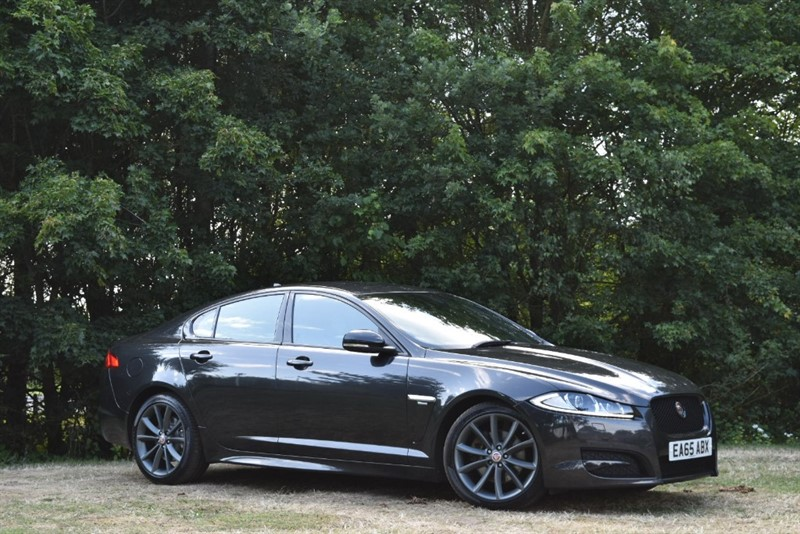 used Jaguar XF D R-SPORT 200 BHP+BLACK PACK in farnborough-hampshire