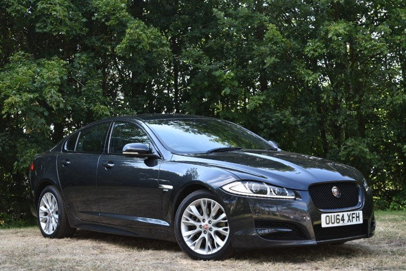 used Jaguar XF 3.0D V6 R-SPORT+BLACK PACK+REVERSING CAMERA in farnborough-hampshire