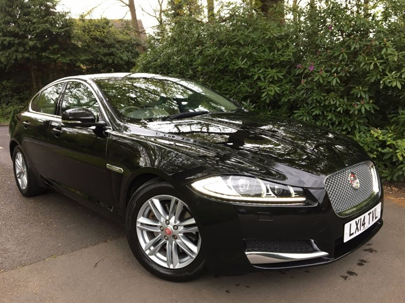 used Jaguar XF D PREMIUM LUXURY / LOW MILEAGE in farnborough-hampshire