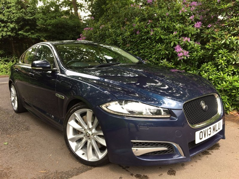 used Jaguar XF D V6 S PORTFOLIO 275 BHP + BLIND SPOT MONITOR AND REVERSING CAMERA in farnborough-hampshire