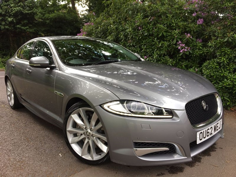 used Jaguar XF V6 S PORTFOLIO / REVERSING CAMERA AND BLIND SPOT MONITOR in farnborough-hampshire