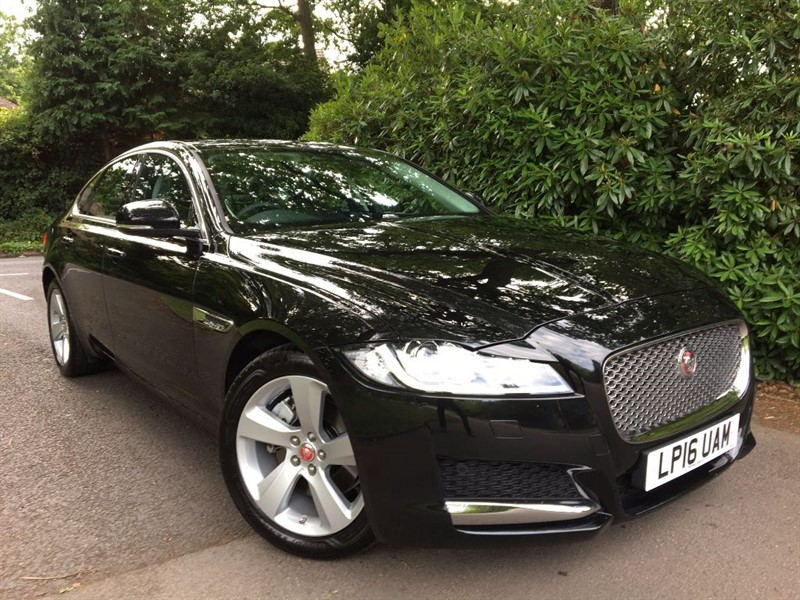 used Jaguar XF D PORTFOLIO AWD / NEW SHAPE CAR in farnborough-hampshire