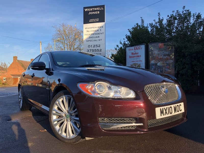 used Jaguar XF V6 PREMIUM LUXURY / REVERSING CAMERA in farnborough-hampshire