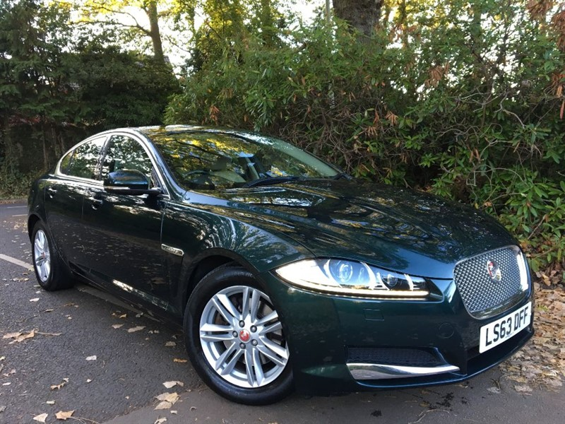 used Jaguar XF D LUXURY / THE BEST COLOUR COMBINATION in farnborough-hampshire