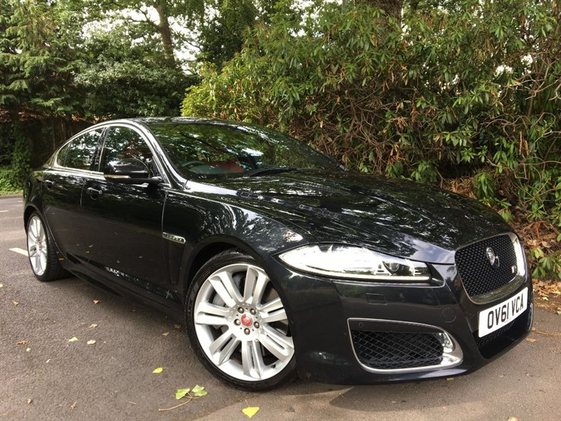 used Jaguar XFR V8 R SUPERCHARGED / SUNROOF AND BLIND SPOT MONITOR in farnborough-hampshire