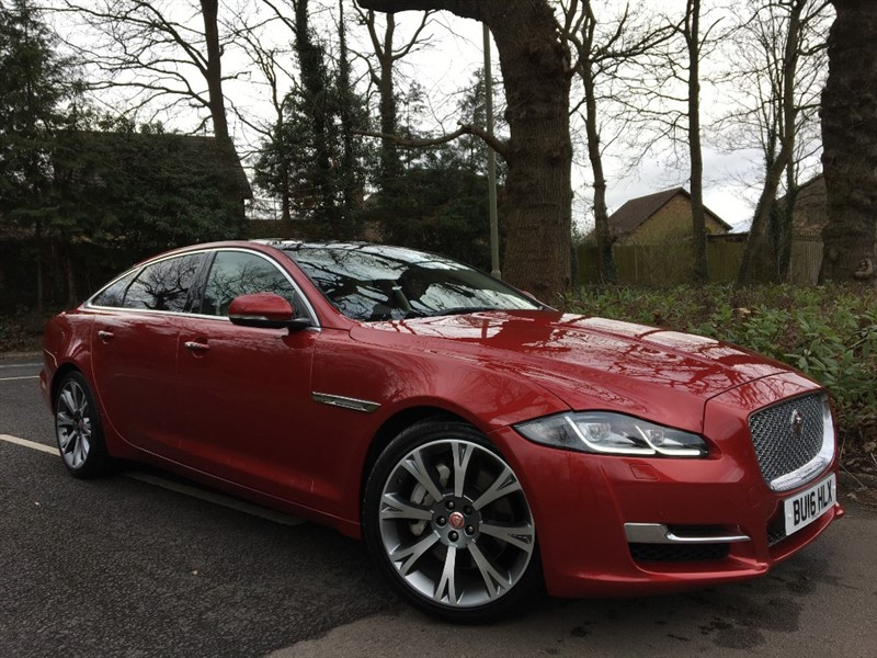 used Jaguar XJ D V6 PORTFOLIO LWB+STUNNING COLOUR COMBINATION in farnborough-hampshire