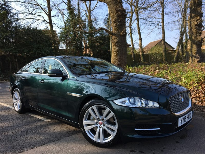 used Jaguar XJ D V6 PREMIUM LUXURY+VERY BRITISH COLOUR COMBINATION in farnborough-hampshire